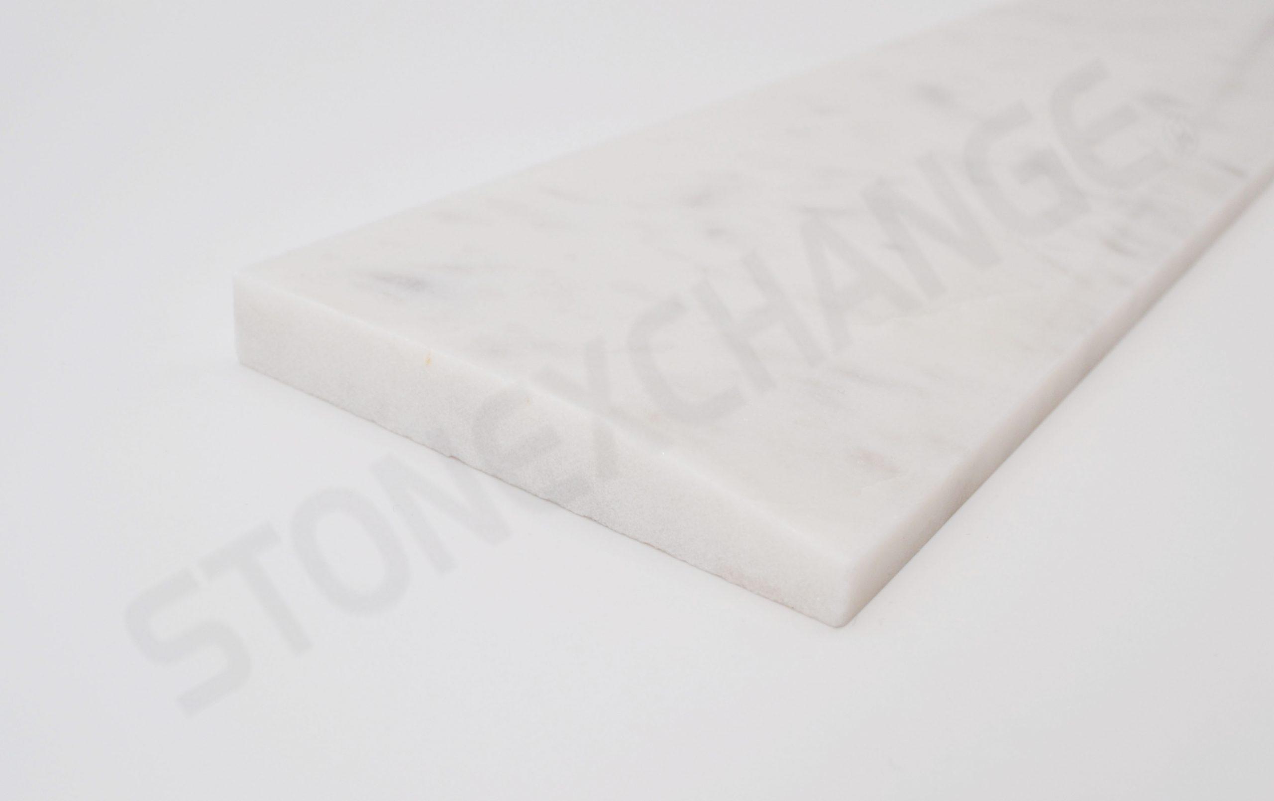 White Carrara Single Hollywood Bevel Threshold 4x36